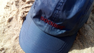 Baseball cap Dockers (pormenor).